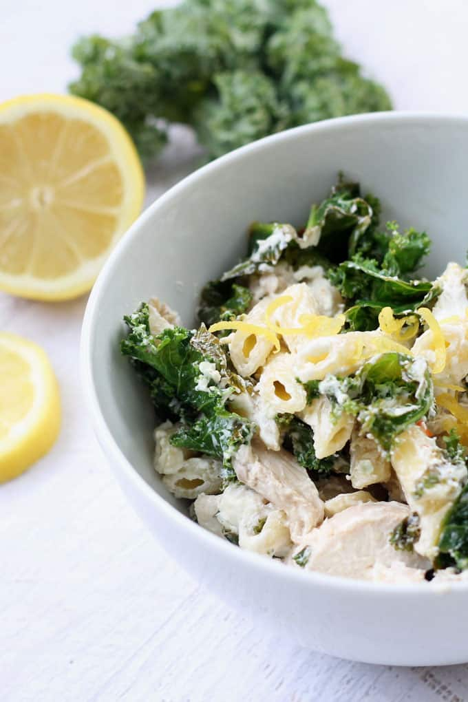 lemon chicken pasta with goat cheese and kale -- easy weeknight dinner idea -- video how-tos #goatcheese #lemonchicken #pasta #weeknightdinner #easydinner #kale