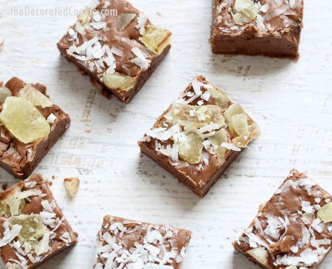 EASY 3-ingredient PINA COLADA boozy fudge fudge -- delicious boozy fudge --strong, adults only --#pinacolada #boozyfudge