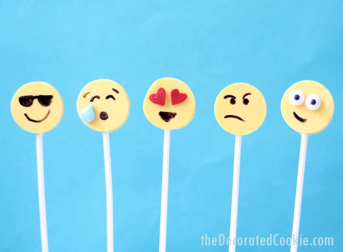emoji party food idea: EASY chocolate emoji candy pops