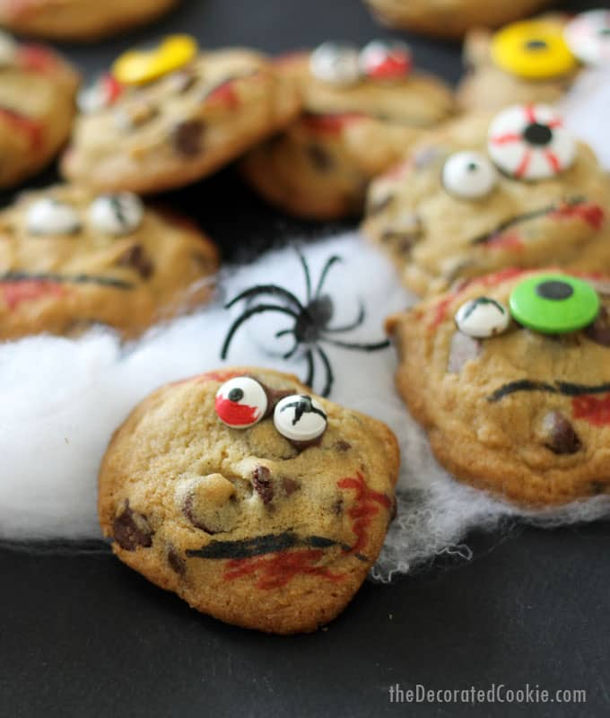 ZOMBIE chocolate chip cookies -- Halloween treat idea