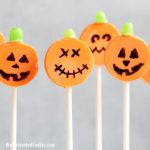 easy Jack O' Lantern candy pops