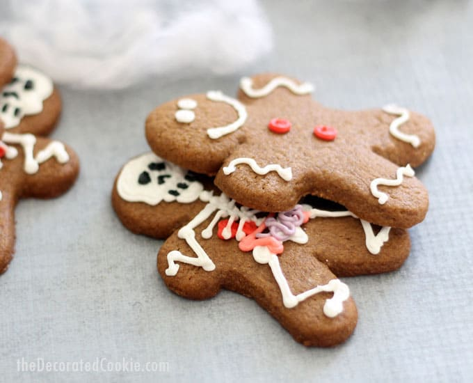 how to make Halloween gingerbread men -- traditional gingerbread man cookies with spooky skeletons (with anatomy) hiding underneath!