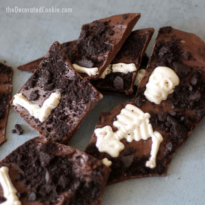 Graveyard chocolate bark, a fun food treat for Halloween! Video tutorial included.