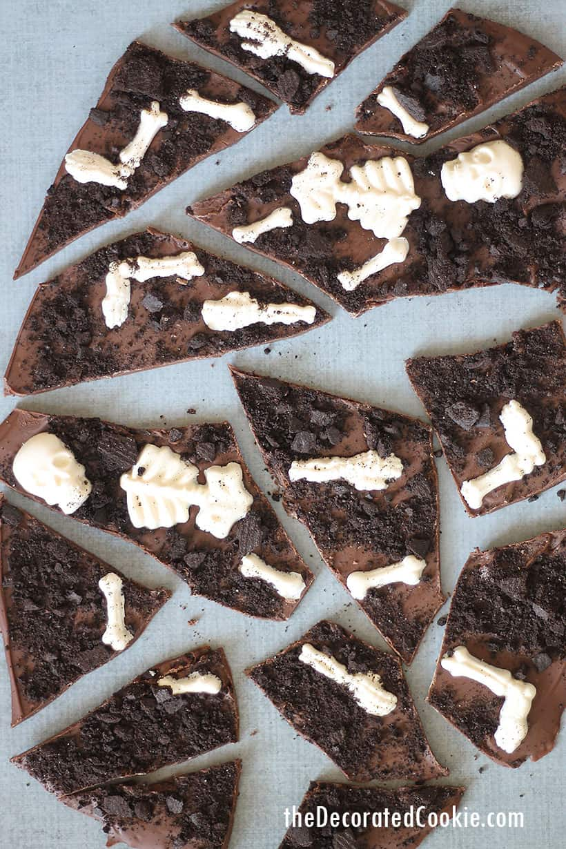 graveyard chocolate bark for Halloween