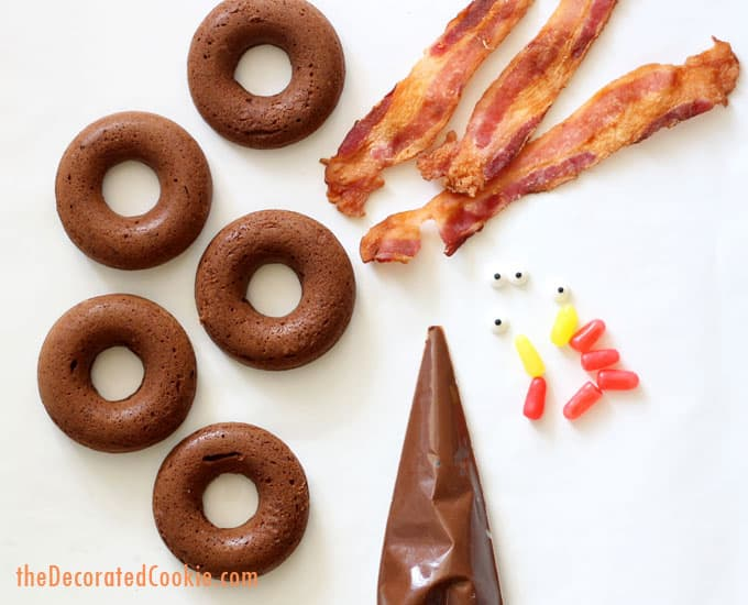 baked chocolate donut turkeys for a fun Thanksgiving breakfast or treat