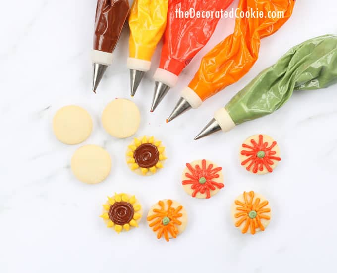 simple, mini fall flower cookies for Thanksgiving dessert, #GiveAFriendACookie