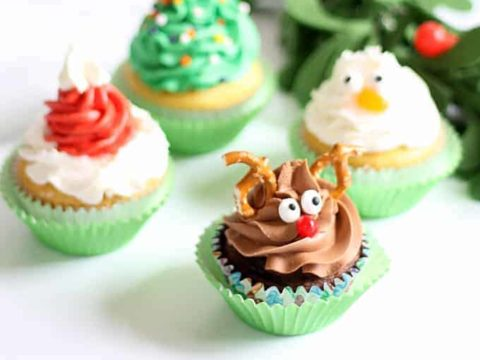 Christmas Cupcakes Four Easy Ideas With One Decorating Tip Video