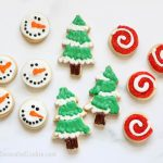 Decorated christmas cookies with no-fail recipes