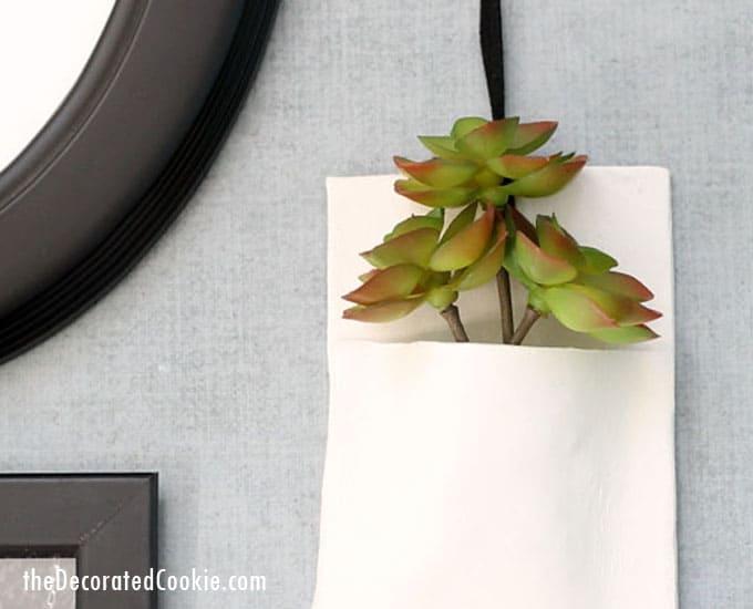 DIY clay wall vase, easy to make, creative handmade wall decor