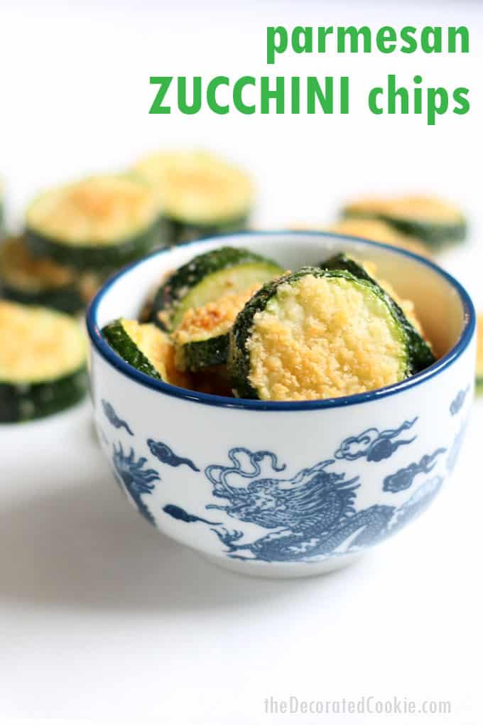 Easy, healthy snack idea: Parmesan Zucchini Chips. #Keto #HealthySnack #vegetables #ZucchiniChips