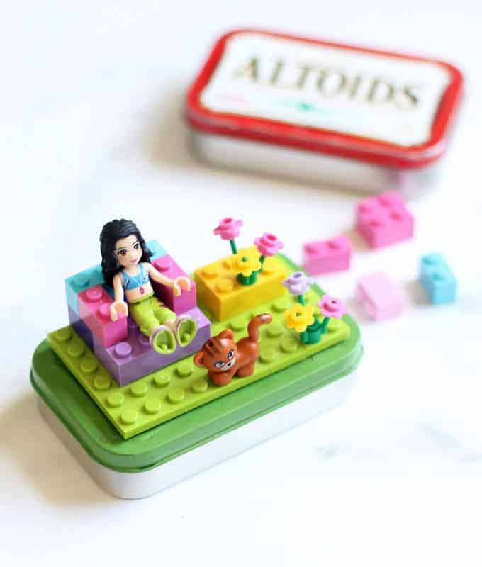 altoids tin Lego kits