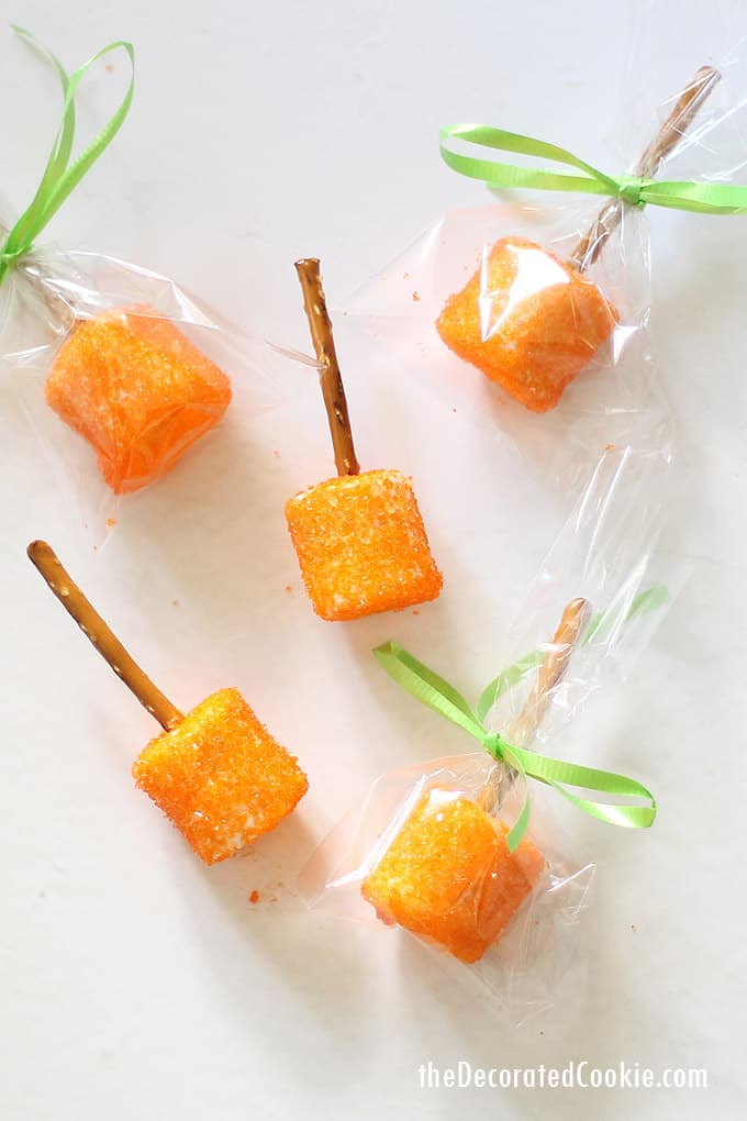 "These ""pumpkin"" marshmallows are so easy to make for a Fall treat. Cute packaging makes them a perfect fall fest or school bake sale dessert. #falltreat #falldessert #pumpkin #marshmallows #fallfest #bakesale #schoolbakesale #halloween"