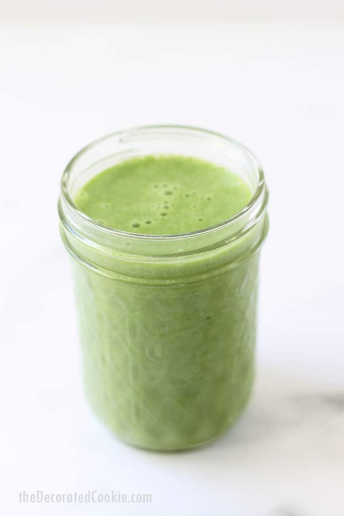 KALE SMOOTHIE -- This healthy, easy, 3-ingredient banana kale smoothie recipe is perfect for busy mornings. Make-ahead and freeze. Video.