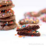 CHOCOLATE CAKE MIX COOKIES -- These easy 3-ingredient cookies can be topped with frosting or rainbow sprinkles for a birthday treat. #chocolate #cakemixcookies #sprinkles