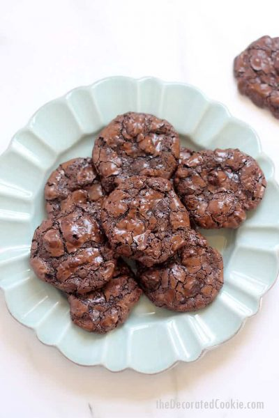 GLUTEN-FREE CHOCOLATE COOKIES -- flourless double chocolate chip cookies are melt-in-your-mouth delicious and easy to make.