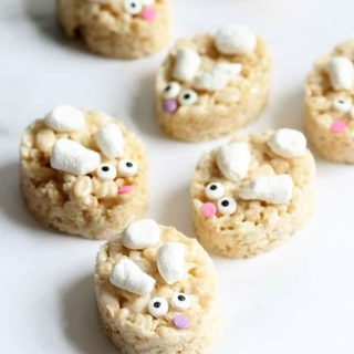 BUNNY RICE KRISPIE TREATS are a cute, easy, quick, no-bake Easter dessert idea. White chocolate cereal treats recipe with video how-tos.