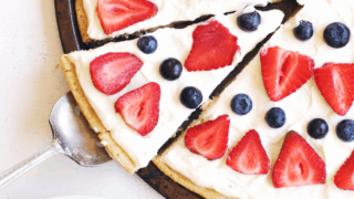 Berry Dessert Pizza