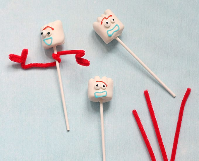 Forky Toy Story marshmallows pipe cleaners