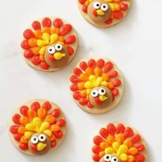 overhead image of turkey cookies
