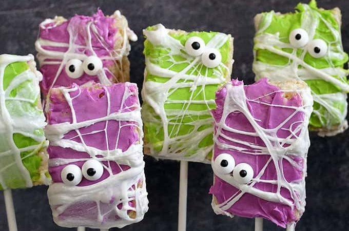 image of six halloween rice krispie treats