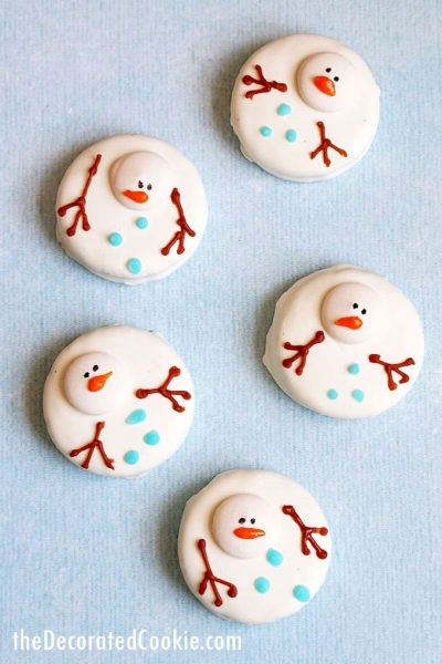 overhead image of melting snowman oreos