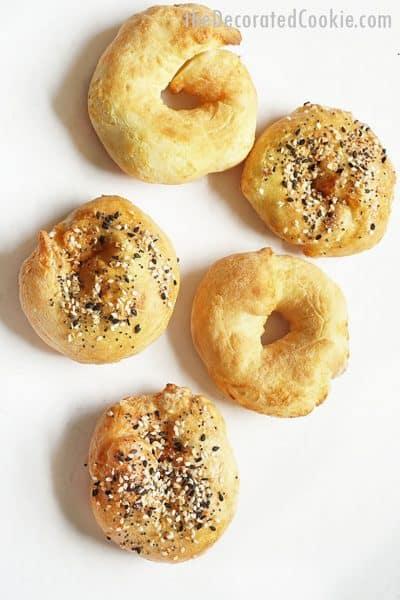 2-ingredient air fryer bagels with self-rising flour and greek yogurt