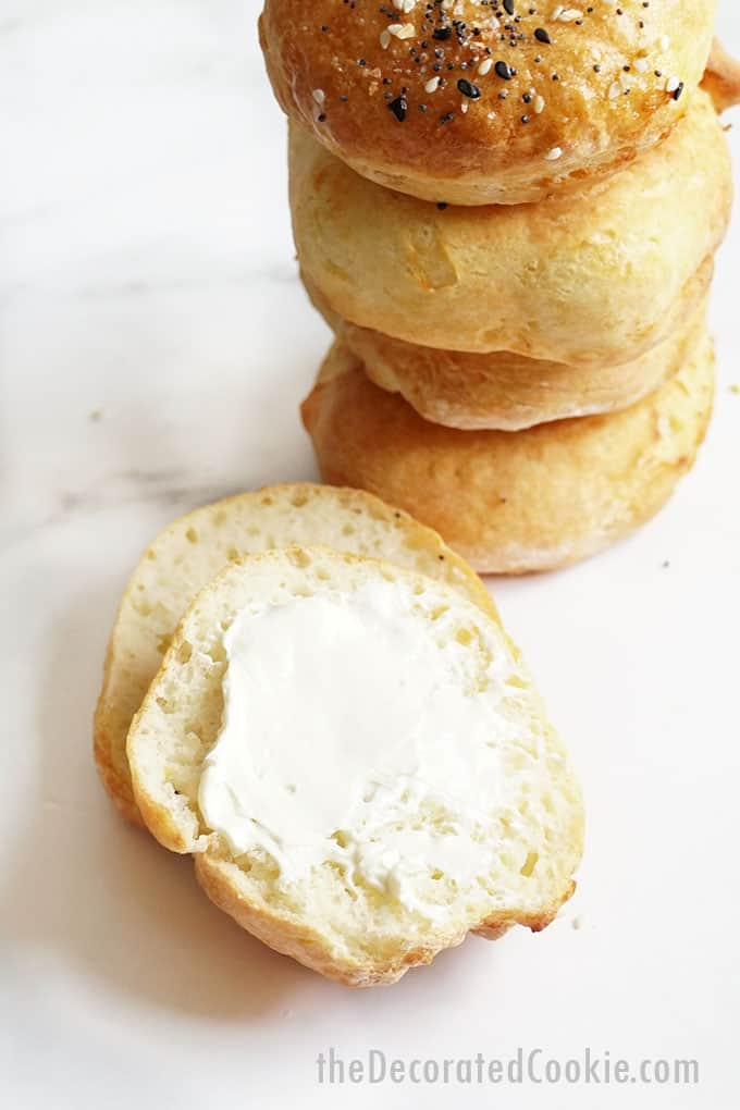 air fryer bagels with cream cheese