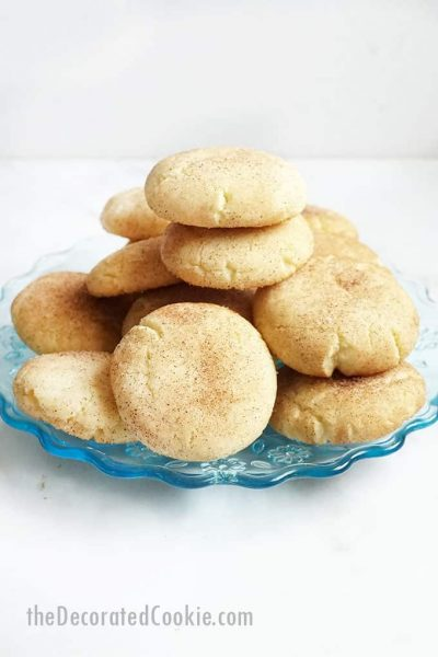 blue plate with snickerdoodle cookies