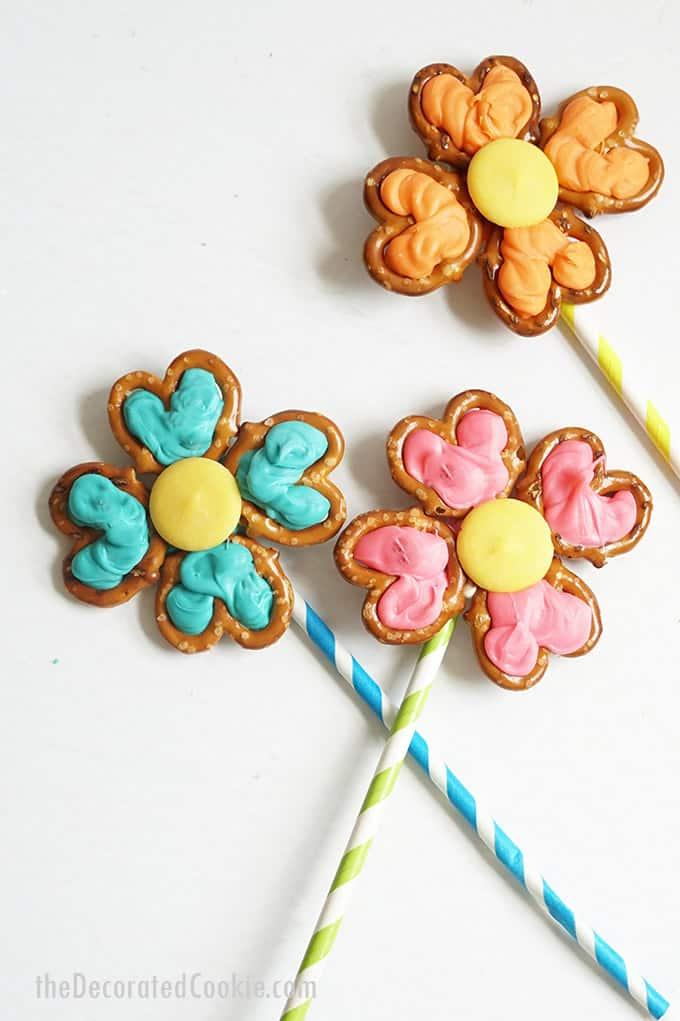 three flower pretzel pops